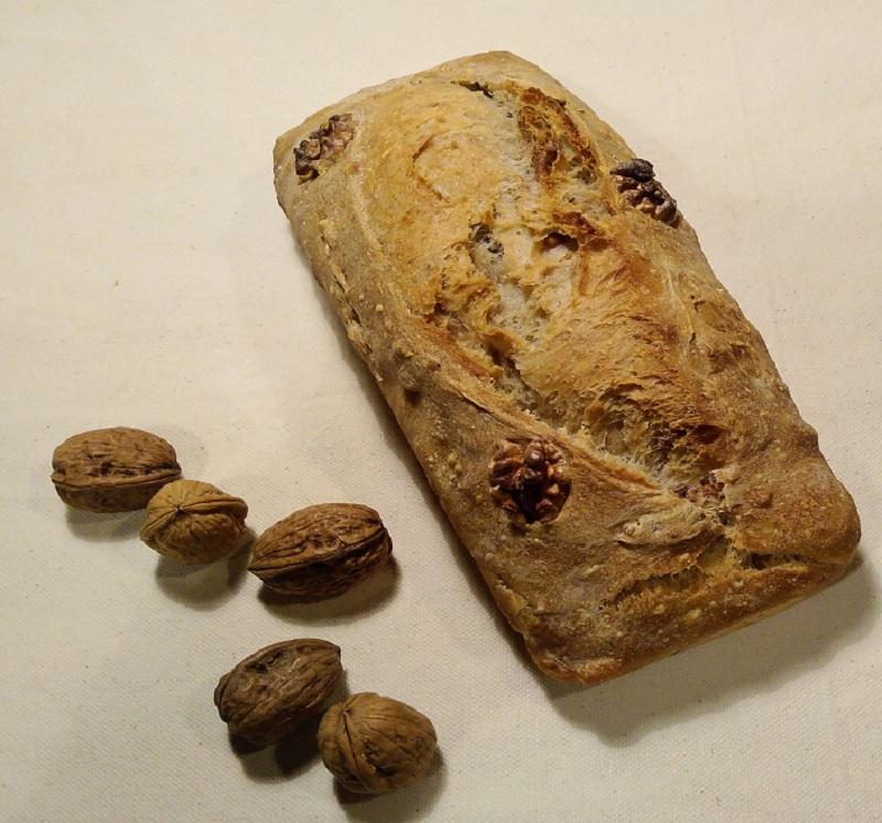 Pain aux noix Au Petit Fournil de Valérie 66