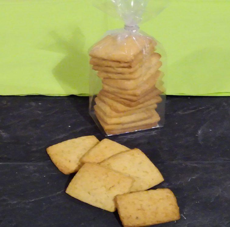 Biscuits artisanaux aux noisettes grillées Au Petit Fournil de Valérie 66